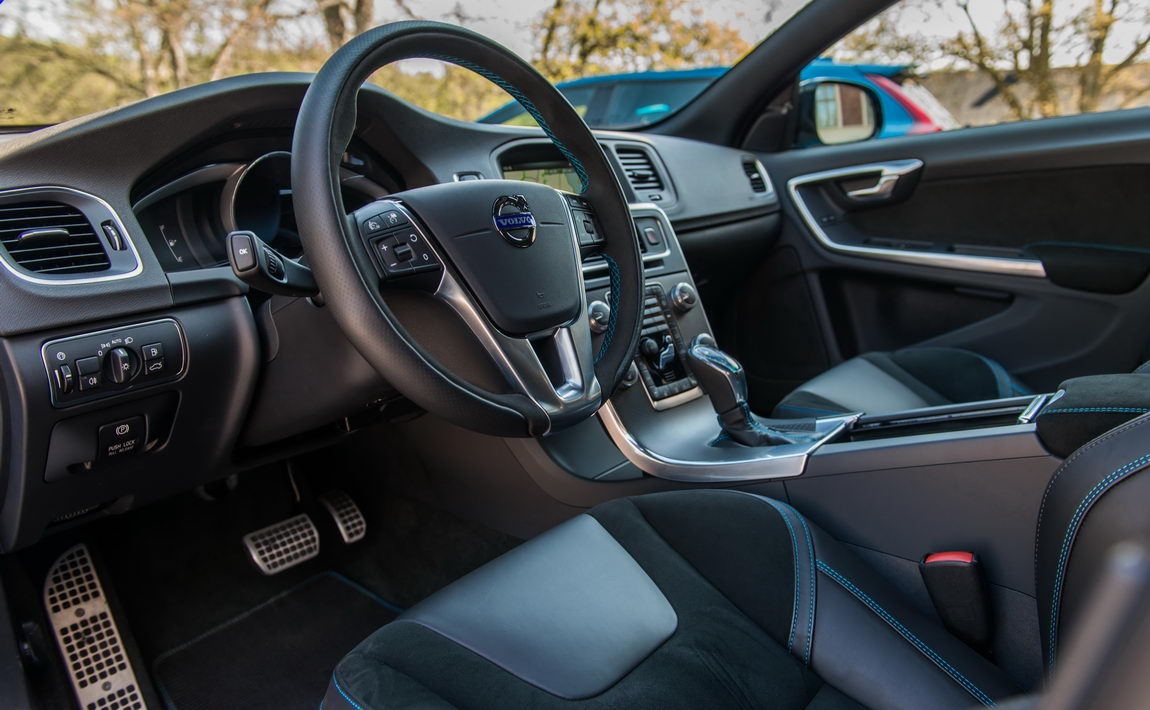 188711_volvo_s60_and_v60_polestar_interior